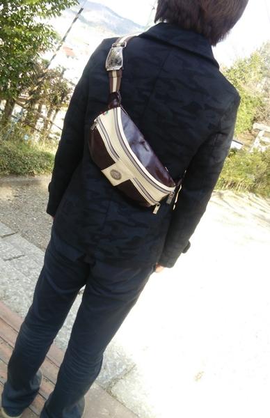 オロビアンコのボディバッグ