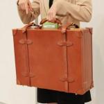お金持ち専用の旅行鞄ブライドル ロイヤルヒースロー