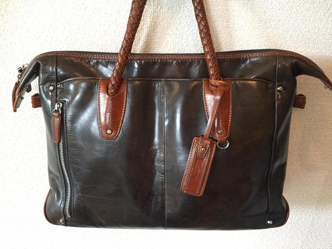 キーファーノイのエイジングしたバッグ