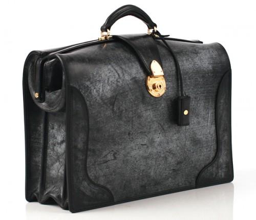 ブライドルレザーのダレスバッグ