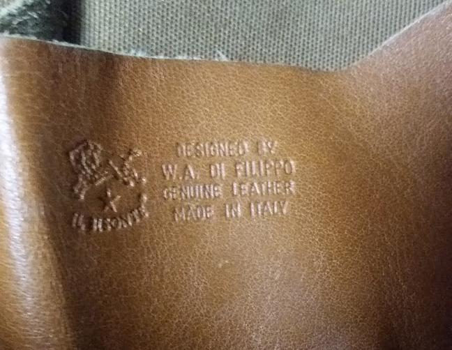 内側の内ポケットにも「IL BISONTE」という刻印