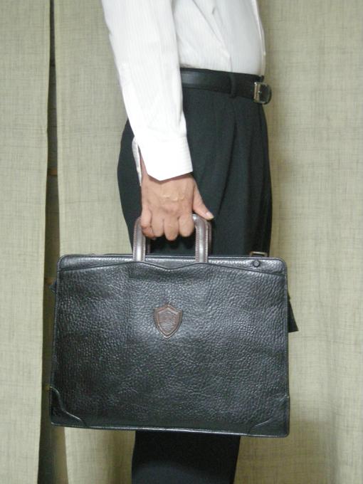 10年使ったACE製STRANUOVO(ストラヌオボ)のビジネスバッグ