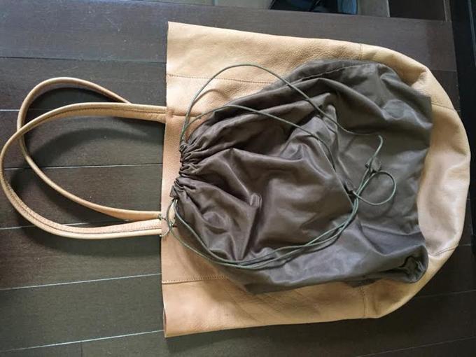 付属の袋(巾着)
