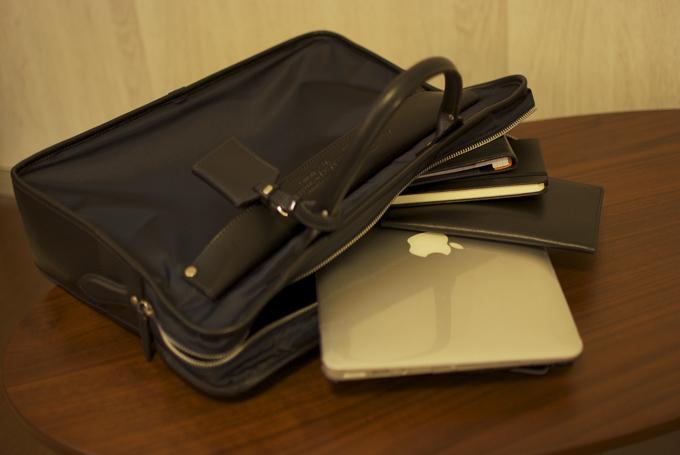 フェリージのビジネスバッグの使い心地