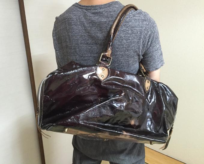 鞄を選ぶ際には、ほんとは実用性を重視した方が良い