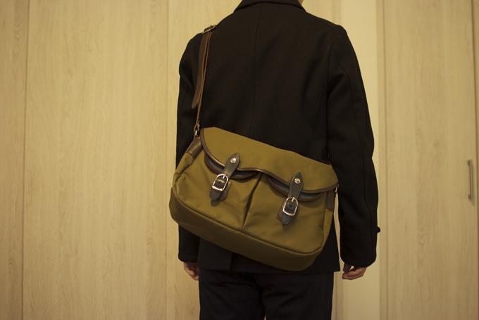 プラススタイルのカジュアルなショルダーバッグ