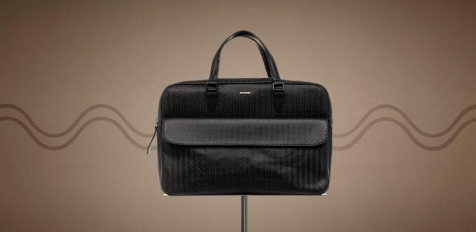 ビジネスシーンのためのバッグ