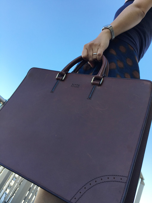 タケオキクチのビジネスバッグ