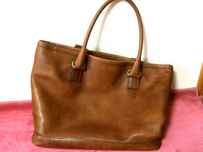 非常に丈夫な鞄