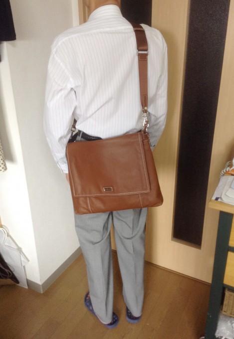 革の柔らかさがたまらないTOCCO TOSCANOショルダーバッグ