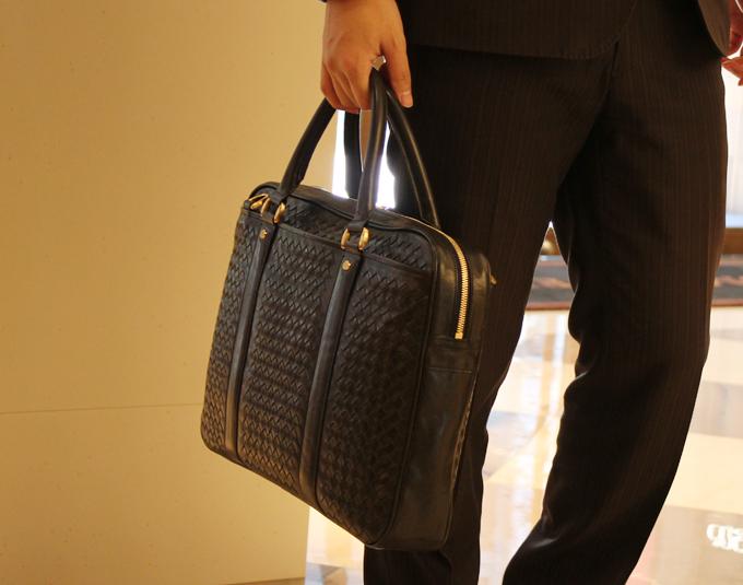ビジネスバッグは毎日一緒に仕事をする相棒