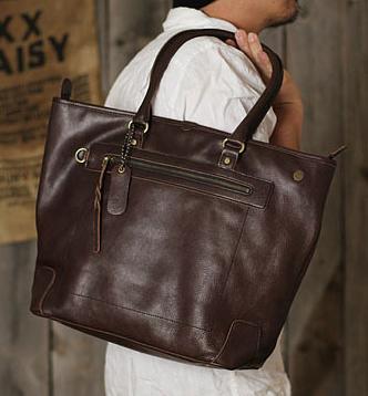 青木鞄 la Galleria Foresta