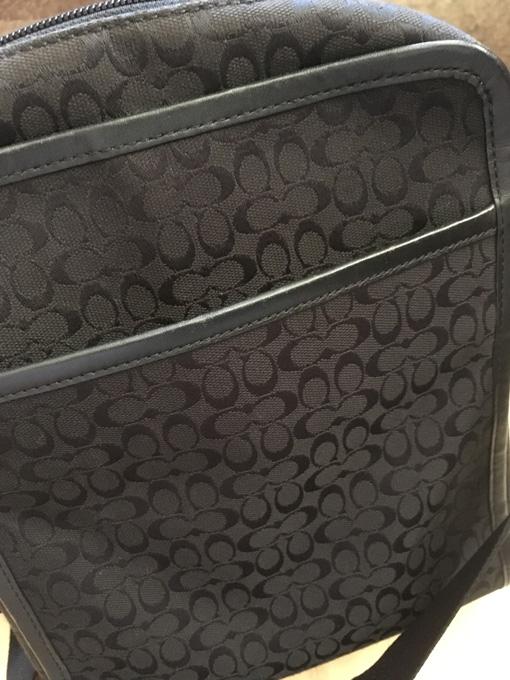 バッグの裏面