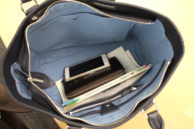 バッグの中に、袋ごとまるまる収納