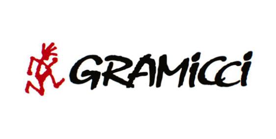 GRAMICCI(グラミチ)メンズバッグの特徴や魅力、世間の評判は?