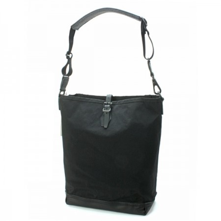 SHRINK NYLON ONE STRAP CARRY-ALL ショルダーバッグ Black