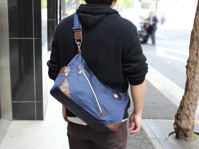 オロビアンコのショルダーバッグ