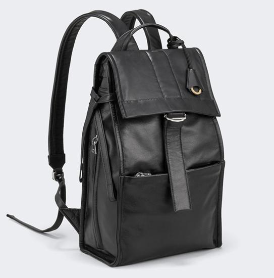 e05d62aa63fe 革(レザー)のメンズバックパックを人気のブランドから22選 - 【OGA ...