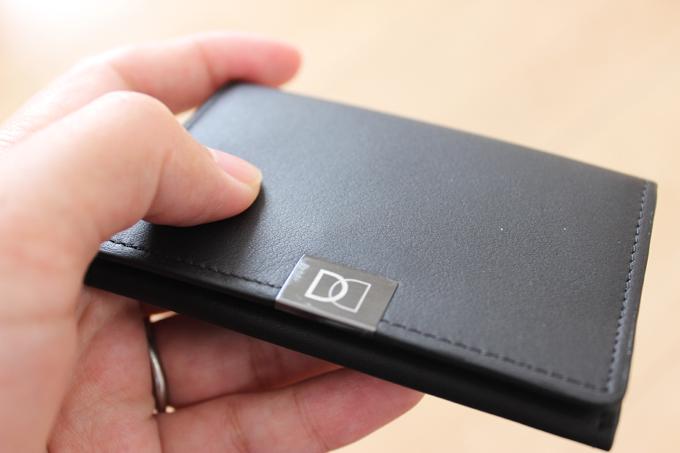 直感を見事にくつがえしてくれるような、素晴らしい財布