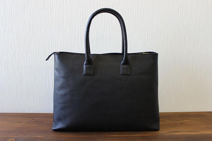 魅力を最大限に引き出せるバッグ