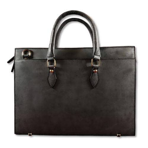 英国王室が愛するブライドルレザーで表裏をフル仕立てたビジネスバッグ