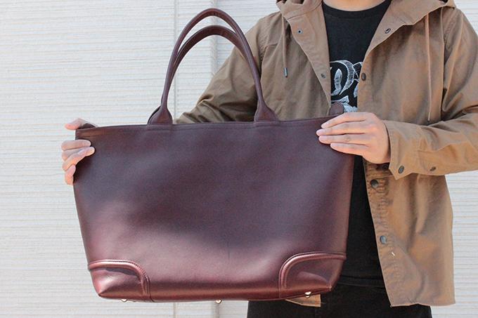 本革のバッグ